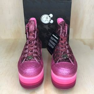 Converse Shoes - NIB Converse x Miley Cyrus All Star Platform Pink